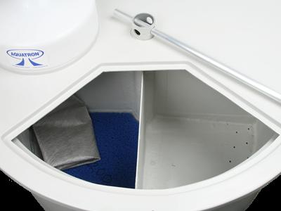 interior-aquatron-4x-1.png